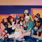 WEEEKLY hang out 'After School' in their cheery comeback MV!